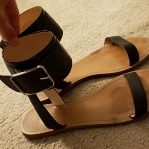 Banana republic sandals in black leather size 7